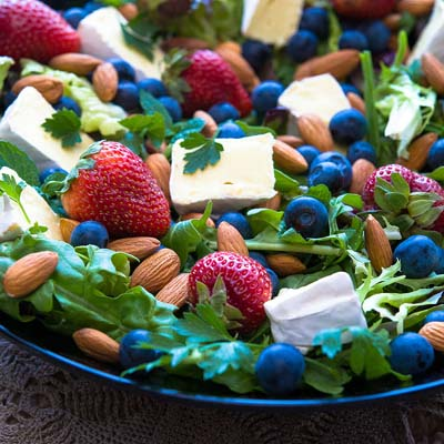 Red White and Blue Fruit Salad memorial day foods