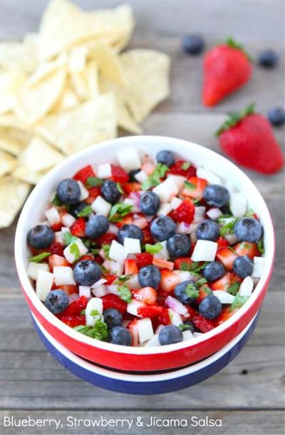 blueberry-strawberry-jicama-salsa3-opt