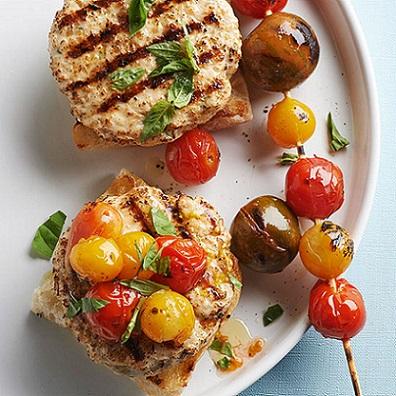 cherry-tomato-turkey-burgers