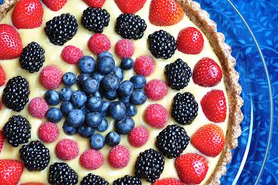 raw-berry-tart-coconut-pastry