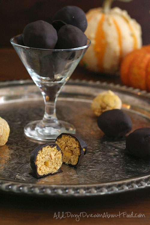 Pumpkin Cheesecake truffles low carb