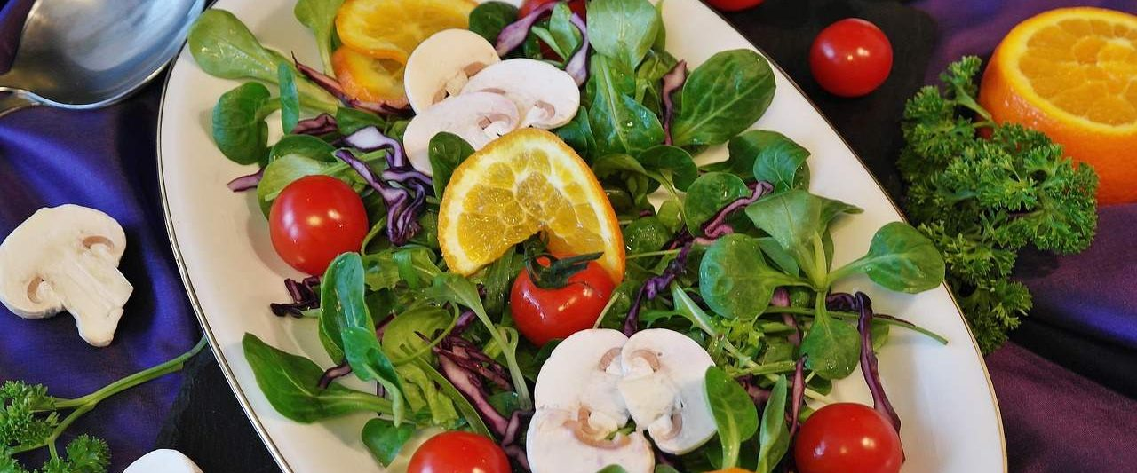 salad-healyounaturally-banner