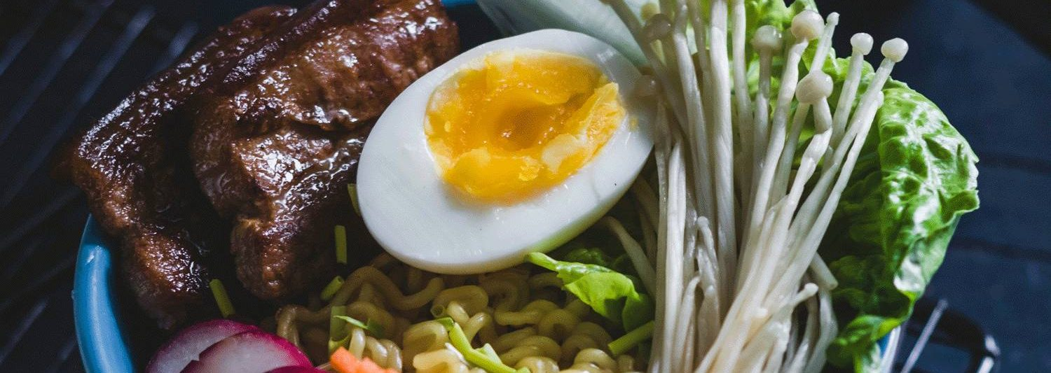 A bowl with food depicting a keto recipe